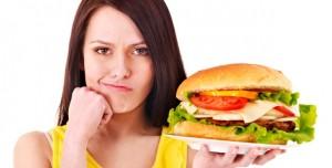 makan-burger-saat-diet